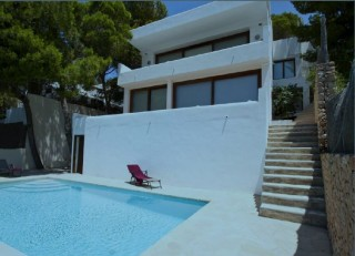 Modern villa for sale in Cala Salada with sea views