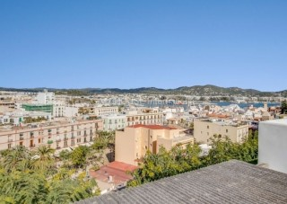 Home for sale in Dalt Vila with magnificent views