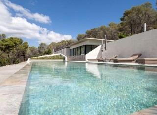 Luxury villa for sale in Cala Jondal