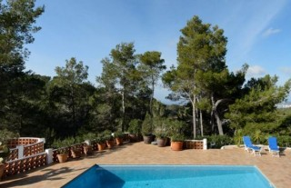 Luxury villa for sale in hillside setting in San Agustin, Ibiza