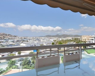 Elegant apartment for sale in Marina Botafoch, Ibiza