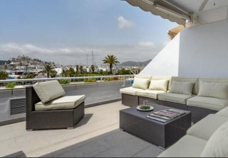 Contemporary apartment for sale in Ibiza