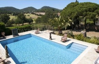 Villa for sale overlooking the Golf Course
