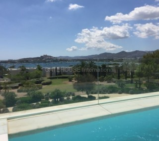 Luxury apartment for sale in exclusive gated development in Talamanca