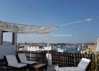 Duplex apartment for sale with Marina views