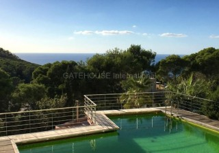 Luxury sea and mountain view home for sale in Cala Vadella