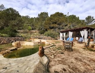 Country home for sale in San Agustin