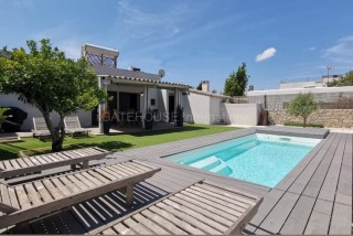 Detached villa with private pool in Jesus