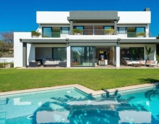 Luxury detached villa for sale in quiet urbanisation close to Ibiza Town
