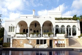 Luxury sea view home in hill top location in Santa Eularia
