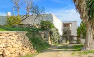 Santa Gertrudis renovation opportunity for sale