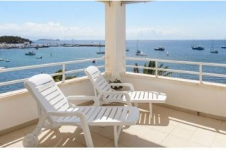 Frontline Penthouse apartment for sale in Santa Eularia