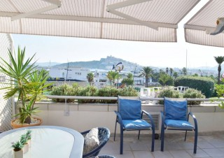 Front line apartment for sale in Marina Botafoch