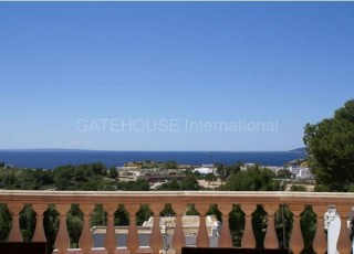 Sea view home for sale in Talamanca