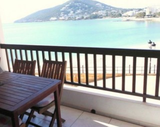 Frontline apartment for sale with four bedrooms in Santa Eulalia