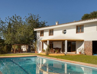 Classic Santa Eularia villa in quiet area close to Jesus