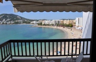 Santa Eularia frontline beach apartment with 4 bedrooms