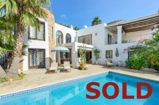 Santa Eularia, Ibiza, - A lovely, modernised, villa with a guest apartment.