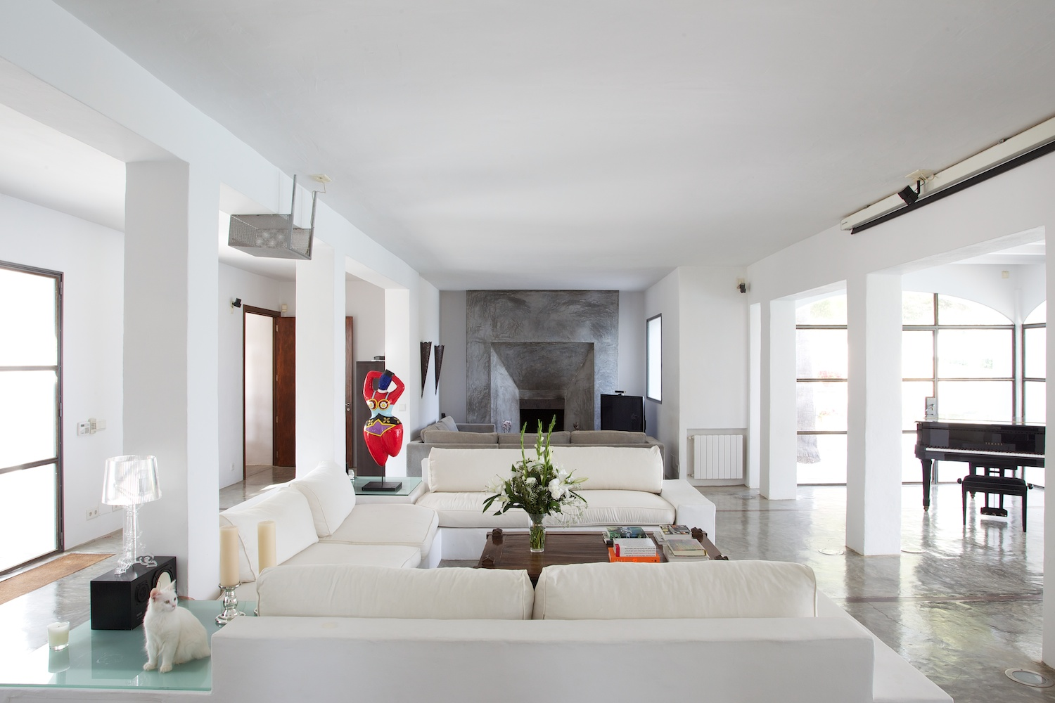 Ibiza luxury villas for sale over 3 million euros above 3 for Beautiful villas pics