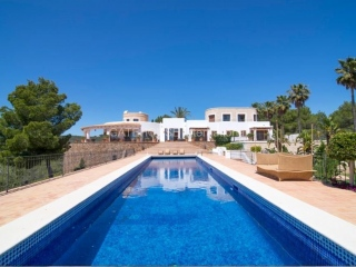 €12,000,000San CarlosExclusive luxury detached mansion for sale