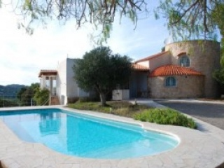 Ibiza €2,300,000San LorenzoEstate for sale with guest accomodation and set in pine clad hills..…