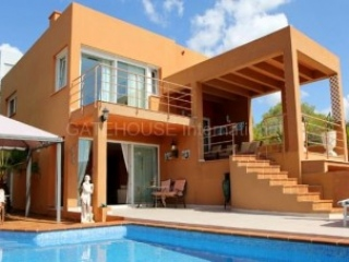 €995,000San JoseSea Views detached villa for sale in San Jose