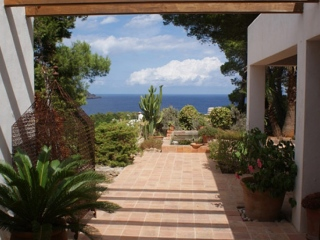 Ibiza €895,000San CarlosRecently reduced in price, luxury villa with sea & valley views…..