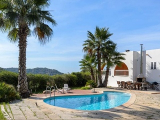 €720,000San JuanSea and mountain view country house