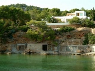 Ibiza €1,400,000Cala GrazioLuxury waterfront villa in an amazing position. Location, location, location.…