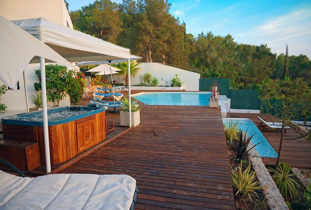 Ibiza west coast luxury villa for sale with sunsets (32)