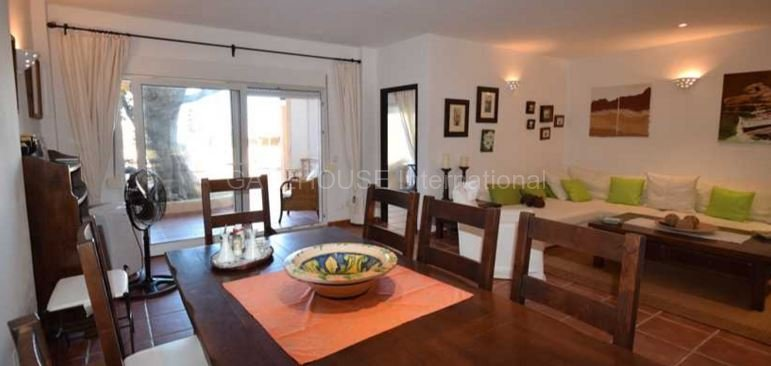 Townhouse with sea views for sale in Cala Conta _9